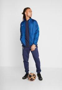 Nike Performance - Sportovní bunda - coastal blue/light photo blue/silver - 1
