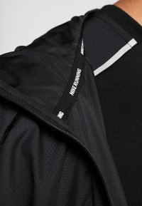 Nike Performance - FLASH AIR - Veste de running - black/reflective silver - 4