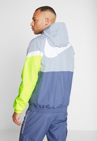 Nike Performance - Veste coupe-vent - obsidian mist/diffused blue - 2