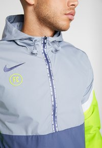 Nike Performance - Veste coupe-vent - obsidian mist/diffused blue - 7