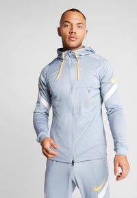 Nike Performance - DRY - Training jacket - obsidian mist/laser orange - 0