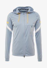 Nike Performance - DRY - Training jacket - obsidian mist/laser orange - 5