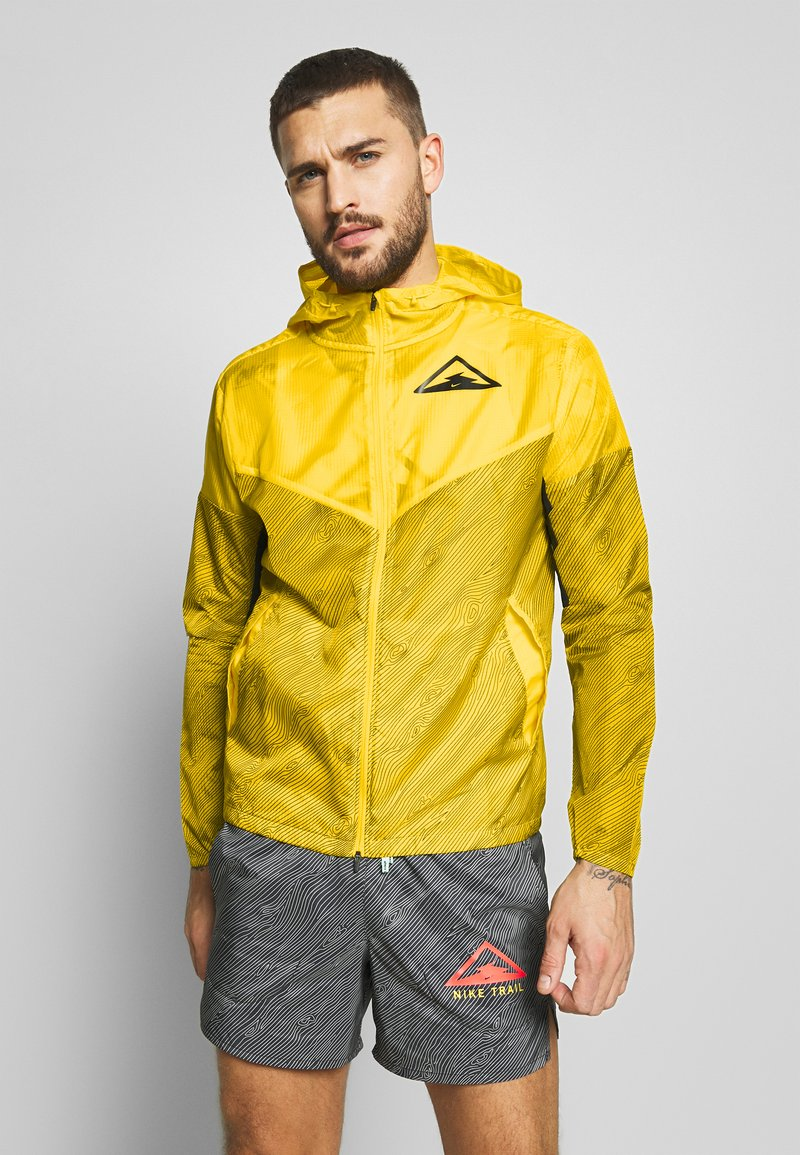 Nike Performance - TRAIL - Veste coupe-vent - speed yellow/black