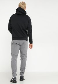 Nike Performance - Kapuzenpullover - black/dark grey - 2