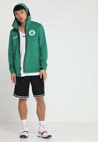 Nike Performance - NBA BOSTON CELTICS THERMAFLEX SHOWTIME HOODY FULL ZIP - Trainingsvest - clover/black/white - 1
