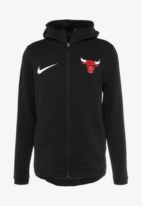 Nike Performance - NBA CHICAGO BULLS THERMAFLEX SHOWTIME HOODY FULL ZIP - Träningsjacka - white /black/anthracite - 3
