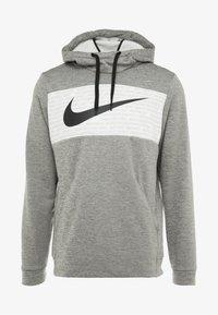 Nike Performance - THERMA - Jersey con capucha - dark grey heather/black - 4