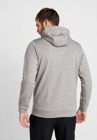 Nike Performance - THERMA  - Jersey con capucha - grey heather - 2