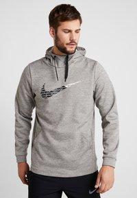 Nike Performance - THERMA  - Jersey con capucha - grey heather - 0