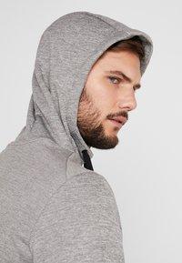 Nike Performance - THERMA  - Jersey con capucha - grey heather - 3