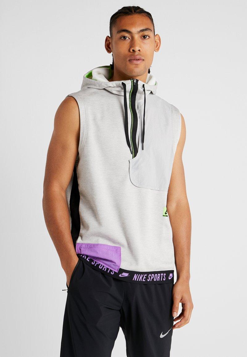 Nike Performance - THERMA SL - Waistcoat - grey heather/light smoke grey/bright violet