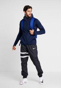 Nike Performance - FC BARCELONA HOODIE - Klubové oblečení - obsidian/rush blue - 1
