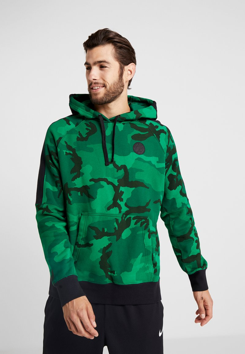 Nike Performance - NBA BOSTON CELTICS CAMO HOODIE - Bluza z kapturem - clover/black