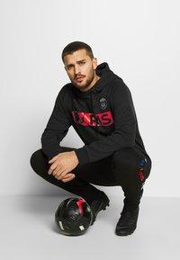 Nike Performance - JUMPMAN - Fanartikel - black/red/blue - 1