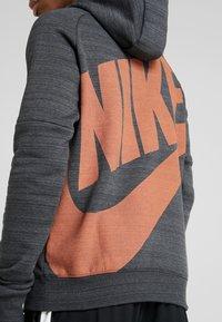 Nike Performance - CHELSEA LONDON HOOD - Pelipaita - anthracite/dark grey/rush orange - 5