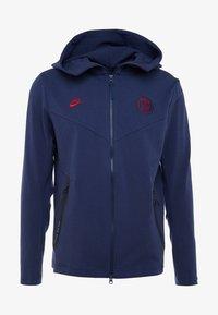 Nike Performance - PARIS ST GERMAIN HOODIE  - Klubbkläder - midnight navy/university red - 4