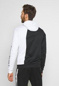 Nike Performance - FC HOODIE - Jersey con capucha - white/black - 2