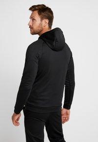 Nike Performance - Huppari - black - 2