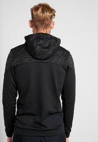 Nike Performance - Jersey con capucha - black/white - 2