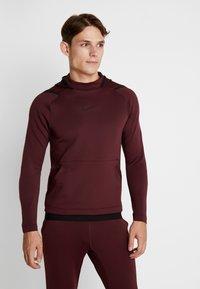 Nike Performance - Jersey con capucha - night maroon - 0
