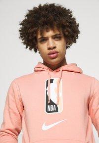 Nike Performance - NBA TEAM HOODY - Hoodie - pink quartz - 4