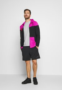 Nike Performance - DRY HOODIE - Collegetakki - fire pink/black - 1