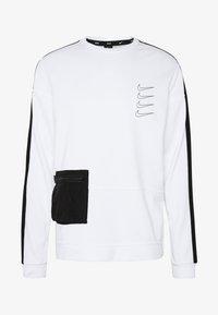 Nike Performance - M NK DRY TOP FLEECE PX - Felpa - white/black - 6