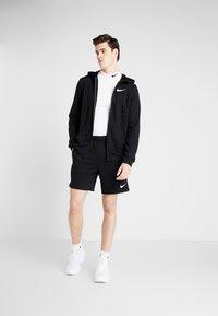 Nike Performance - DRY HOODIE  - veste en sweat zippée - black/white - 1