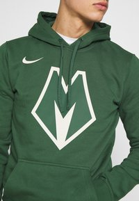 Nike Performance - NBA MILWAUKEE BUCKS CITY EDITION LOGO - Huppari - fir - 5