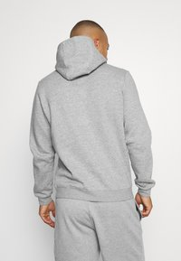 Nike Performance - MLB NEW YORK YANKEES COOPESTOWN PATCH HOODIE - Klubové oblečení - dark grey heather - 2