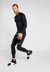 Nike Performance - PRO COMPRESSION MOCK - Funkční triko - black/white - 1