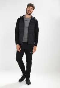 Nike Performance - PRO COMPRESSION - Maglietta intima - carbon heather/black/(black) - 1