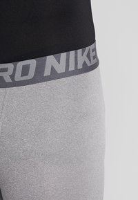 Nike Performance - PRO TIGHT - Langunderbukse - carbon heather/dark grey/black - 5