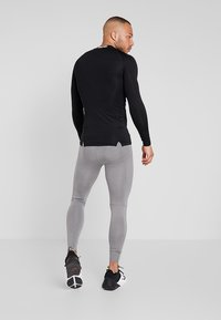 Nike Performance - PRO TIGHT - Langunderbukse - carbon heather/dark grey/black - 2