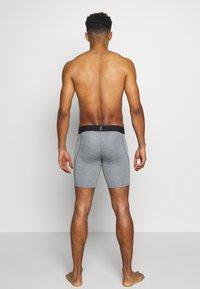 Nike Performance - SHORT - Panties - smoke grey/light smoke grey/black - 2