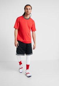 Nike Performance - DRY  - Kalesony - white/black - 1