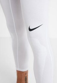 Nike Performance - DRY  - Kalesony - white/black - 4
