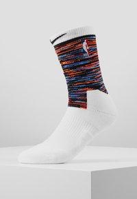 Nike Performance - NBA BROOKLYN NETS CITY EDITION CREW SOCK - Träningssockor - white/black - 0