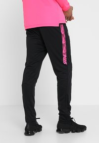Nike Performance - PARIS ST. GERMAIN DRY SUIT - Klubbkläder - hyper pink/black - 4