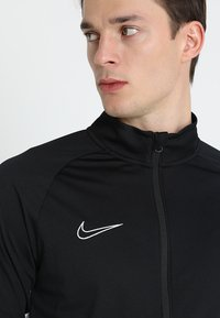 Nike Performance - DRY ACADEMY SUIT - Dres - black/white - 5