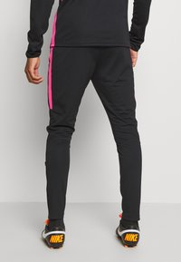 Nike Performance - DRY ACADEMY SUIT - Tracksuit - black/hyper pink - 4