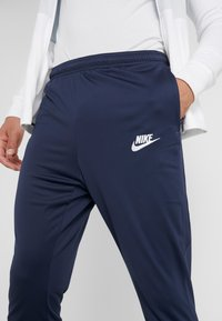 Nike Performance - PARIS ST GERMAIN DRY SUIT - Klubbkläder - white/midnight navy/pure platinum/university red - 8