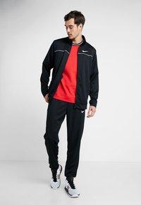 Nike Performance - RIVALRY TRACKSUIT - Dres - black/white - 1
