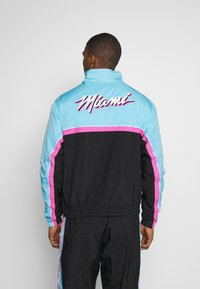 Nike Performance - NBA MIAMI HEAT CITY EDITION  - Dres - black/blue gale/laser fuchsia - 2