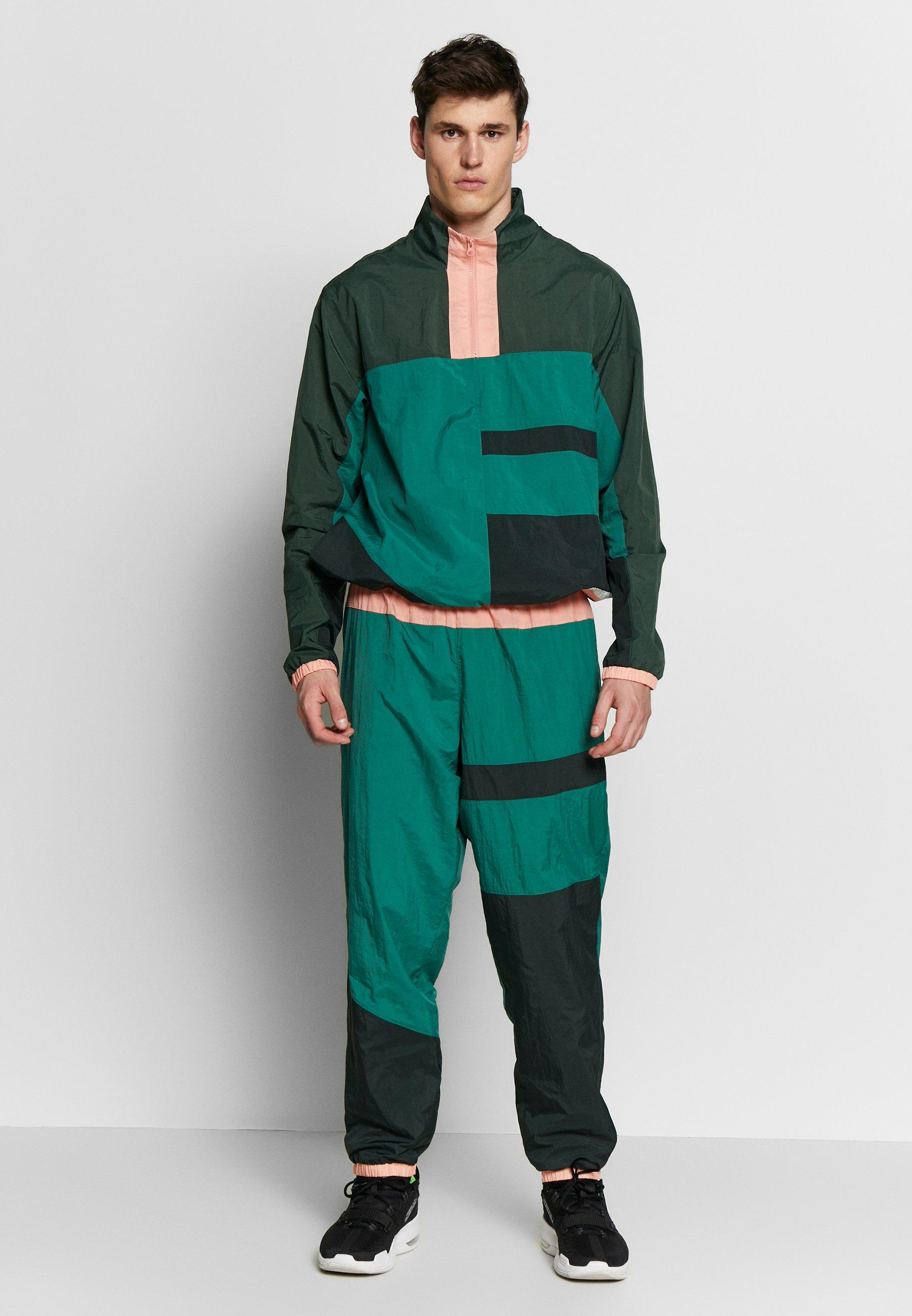Nike Performance FLIGHT TRACKSUIT - Dres - evergreen aura/galactic jade