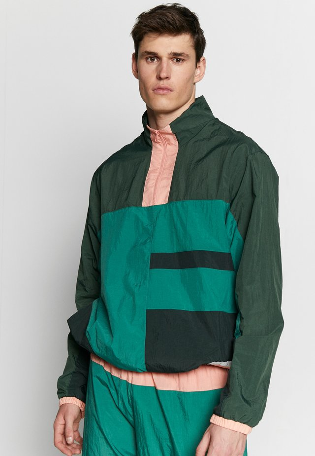 FLIGHT TRACKSUIT - Trainingspak - evergreen aura/galactic jade