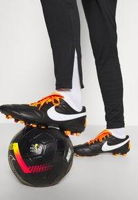 Nike Performance - PARIS ST. GERMAIN DRY - Article de supporter - black/hyper cobalt/white - 7