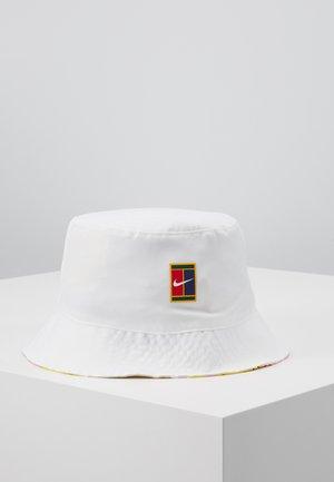 BUCKET COURT - Klobouk - white