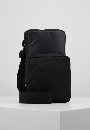 KYRIE IRVING FESTIVAL BAG - Across body bag - black/dark smoke grey