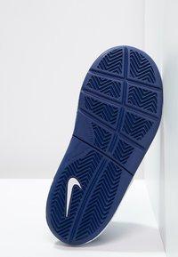 Nike Performance - PICO 4 - Scarpe da fitness - deep royal blue/white/game royal - 4